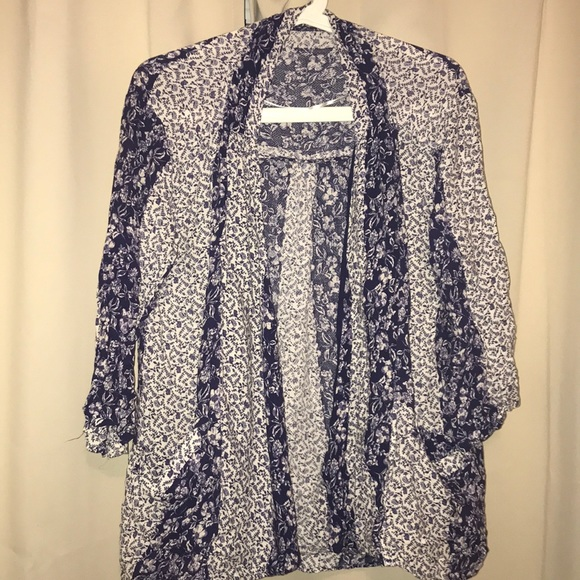 Forever 21 Other - Blue and white floral cardigan